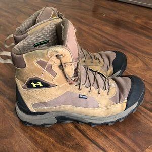 Under Armour Bozeman boots size 13